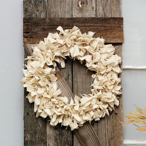 Natural-Fall-Wreath-DIY-livelaughrowe